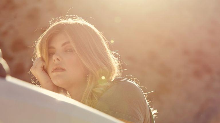 Antonia Jones - Aventurera - BTS